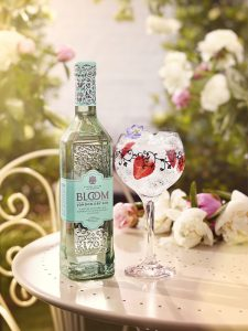 BLOOM GIN LIFESTYLE BOTTLE & G&T JUNE 2016